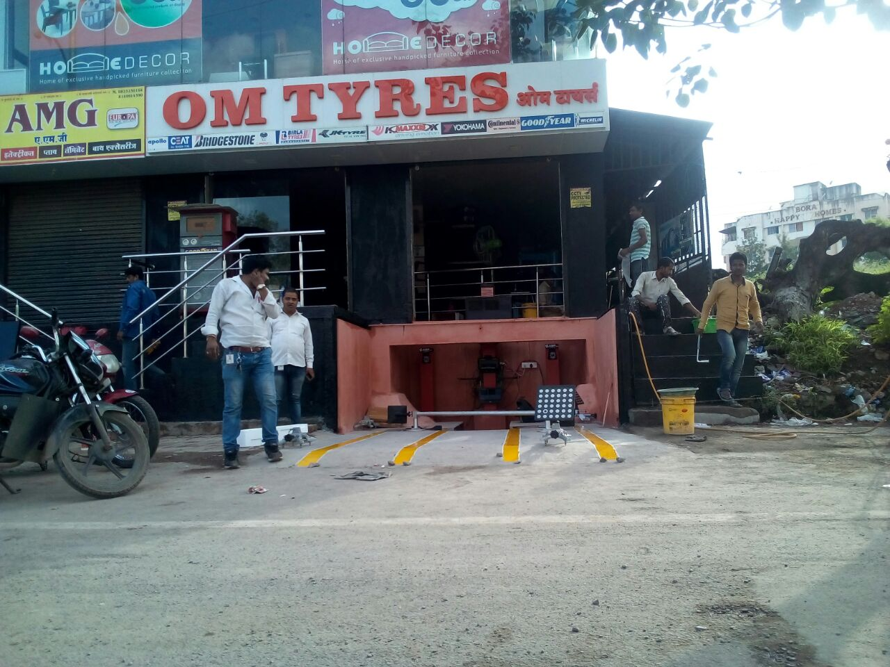 om tyres pune 1 customer